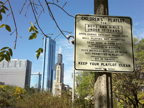 photo of Daley Bicentennial Plaza Playlot sign